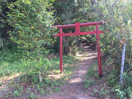 小岳神社の入口