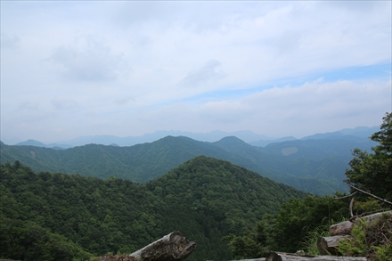 岳滅鬼山山頂からの景色