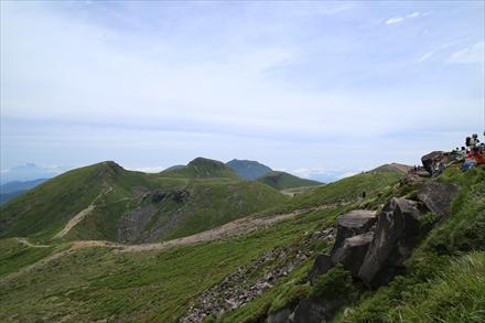 久住山からの中岳