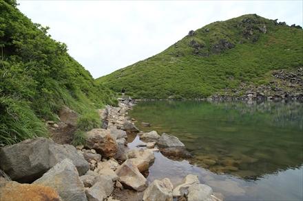 御池の淵の道