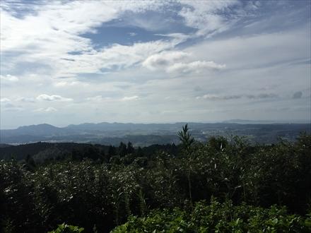 新立山山頂からの景色(古賀方面)