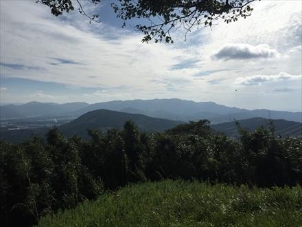 新立山山頂からの景色(宮若方面)