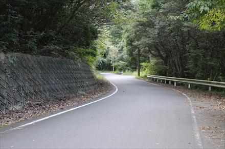 大谷自然公園への道