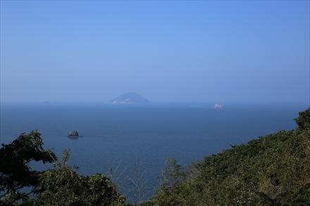 間からの海の景色