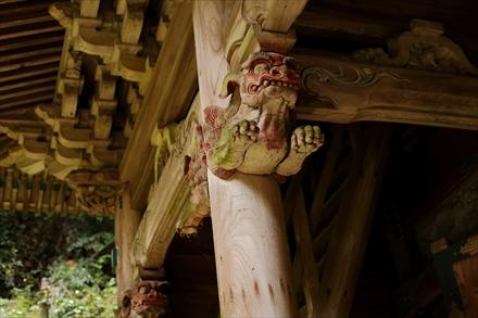 清水寺山門の細工
