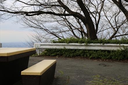 清水山から清水寺へつながる階段