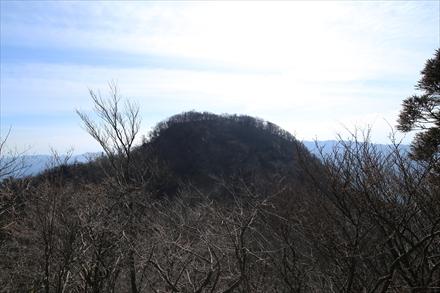 上宮から見る南岳