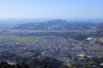 米ノ山展望台からの立花山方面の景色