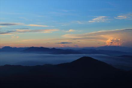 宝満山山頂から見える雲海