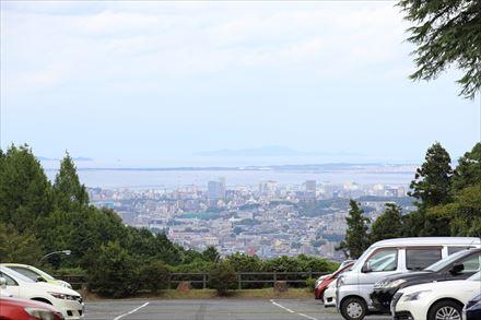 駐車場からの福岡市