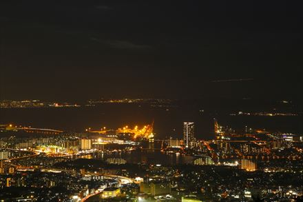 立花山山頂からの夜景
