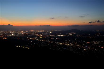米ノ山からの福岡市の夕景