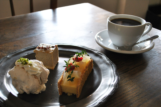 cafe_hang_1.jpg