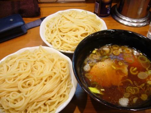 合い盛り の 麺増し(中)