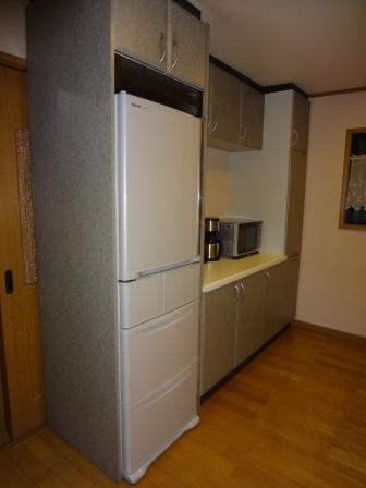 本社2階冷蔵庫.JPG
