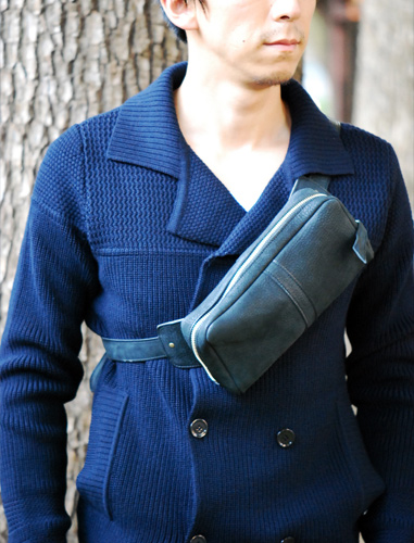 Shoulder-pouch.bk05.jpg