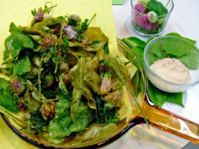 シロツメクサ、レンゲ、葛葉の天ぷら