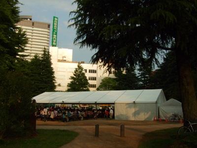 仙台オクトーバーフェスト会場の錦町公園
