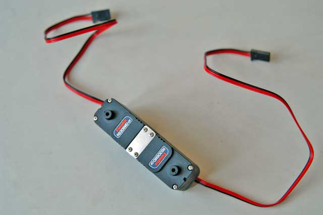 サーボ連結の表側