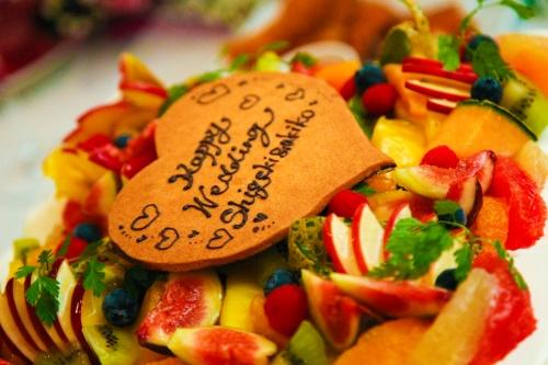 豪華なウェデイングケーキ