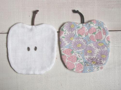 りんごのコースター