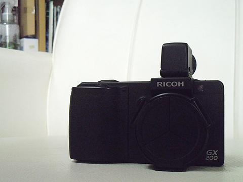 リコー GX200