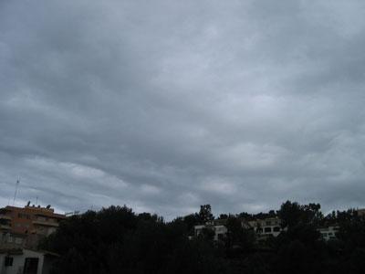 パルマの雨雲