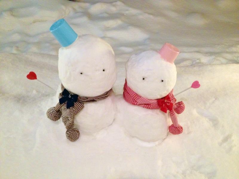 寄り添う雪だるま.JPG