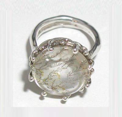月と苔のリング