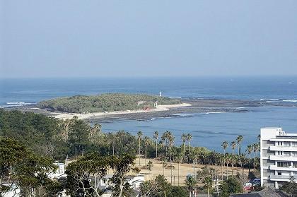青島バイパスから見た青島