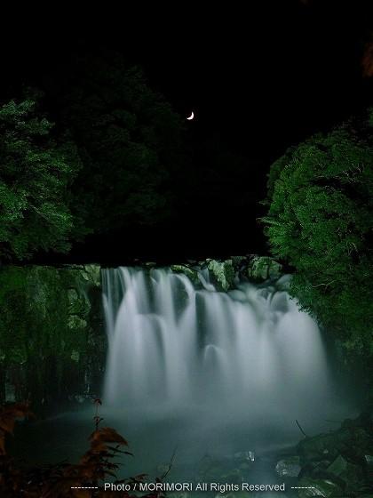 関之尾の滝 ライトアップ 01