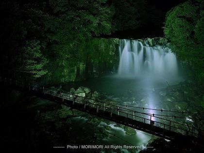 関之尾の滝 ライトアップ 02