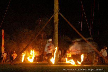 都井岬 火祭り01