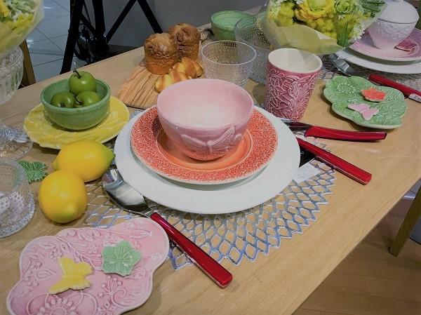 MATEUS(マテュース)の食器でテーブルセッティング