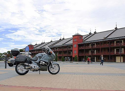 横浜煉瓦倉庫と1150RT