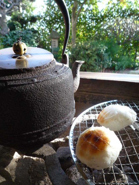 火鉢とお餅