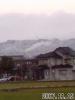 二上山に初雪
