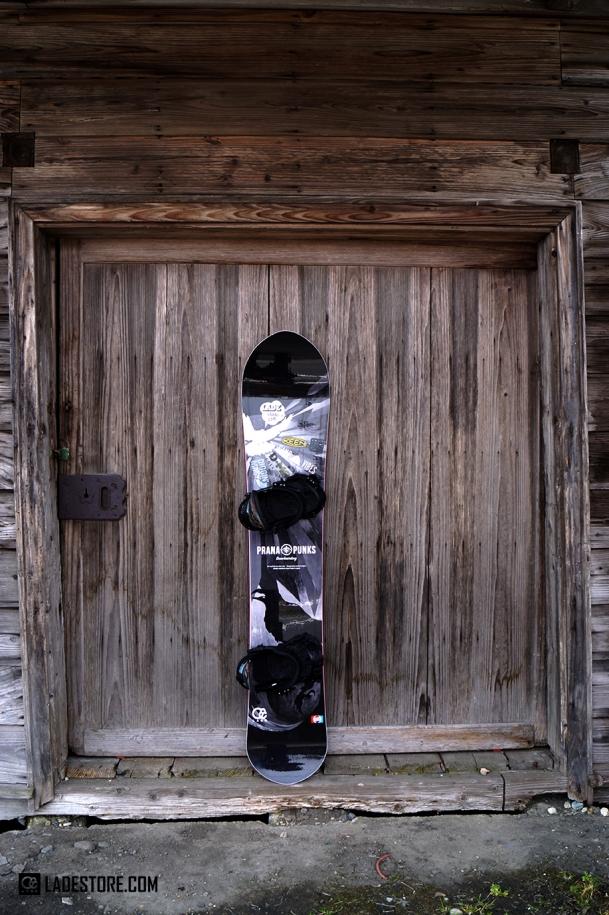 prana punks snowboard スーパーシンクロ
