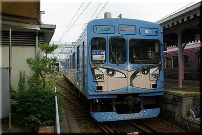 伊賀鉄道 忍者列車(青)