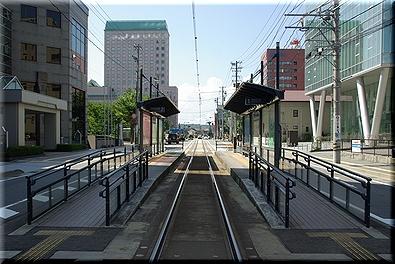 インテック本社前駅