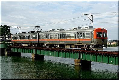 北陸鉄道 8000系