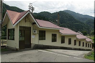 千国駅 スロープ