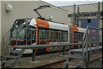 富山ライトレール ハロウィン ラッピング車両
