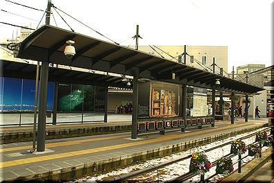 富山駅北駅