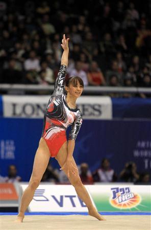 田中理恵 (体操選手)の画像 p1_36