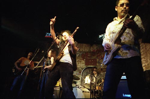Vol.1 2008年4月5日   Live in 東中野 プリズントーキョー志田歩&Teazer