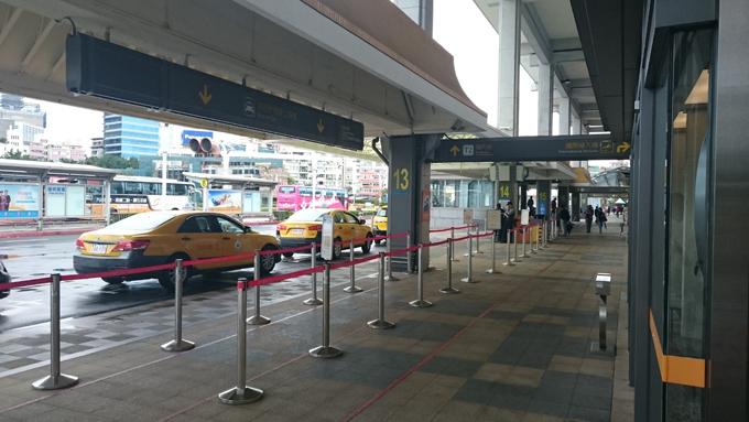 レトロタクシー4.jpg