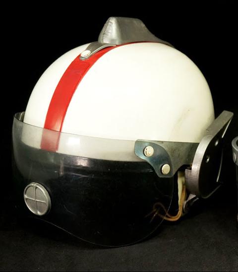 ヘルメット来た8.jpg