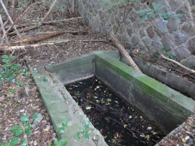 三点濾過式の井戸