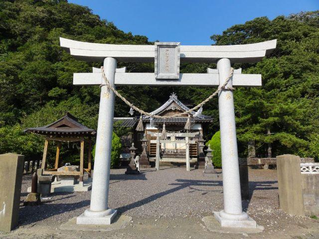 千尋藻のいわつるぎ神社